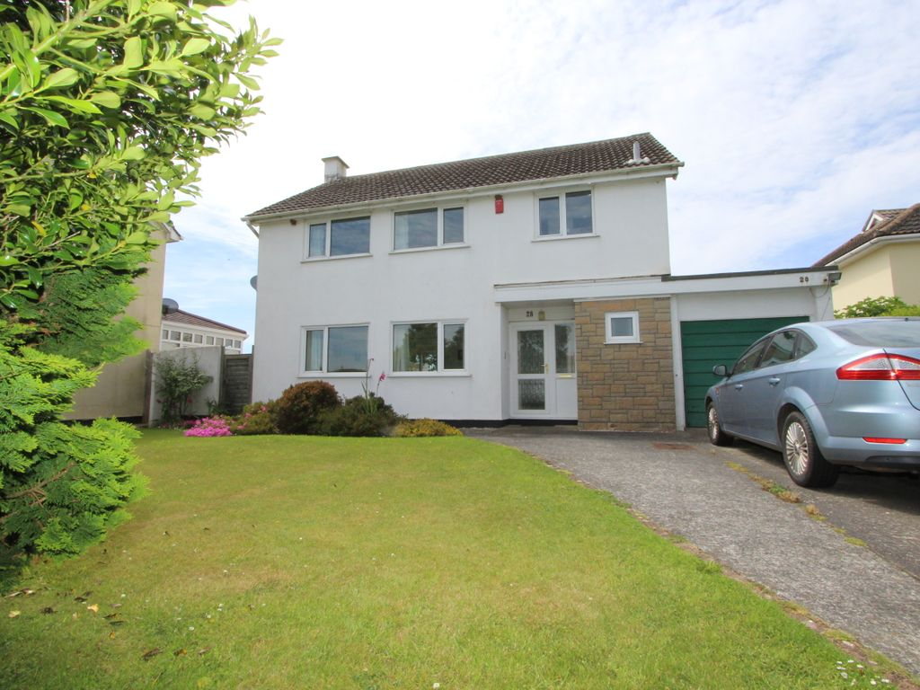 Property details for 28 Carew Close Crafthole Torpoint PL11
