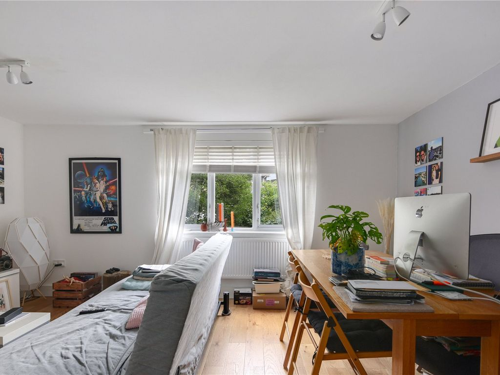 32 bed flat for sale in Bellina Mews, Kentish Town, London NW32   Zoopla