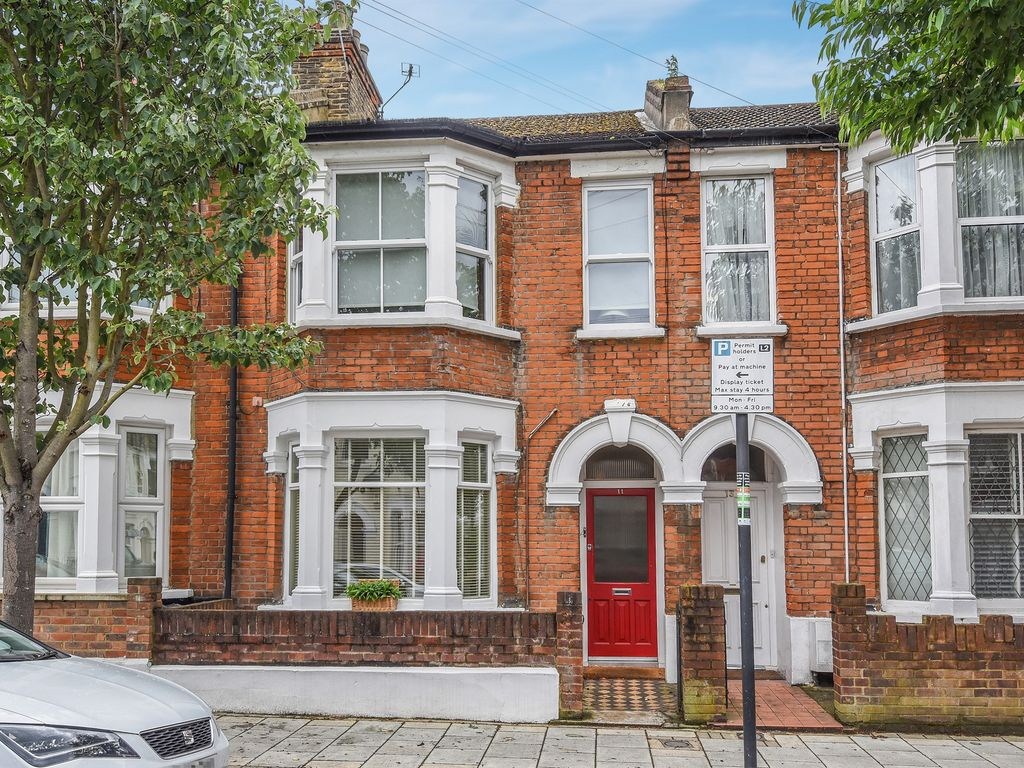 Property details for 11 Steerforth Street London SW18 4HH