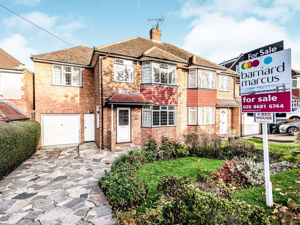 Property details for 41 Chestnut Grove South Croydon CR2 7LL - Zoopla