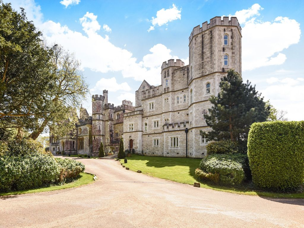 Property Details For Flat 6 Netley Castle Abbey Hill Southampton So31 5fa Zoopla