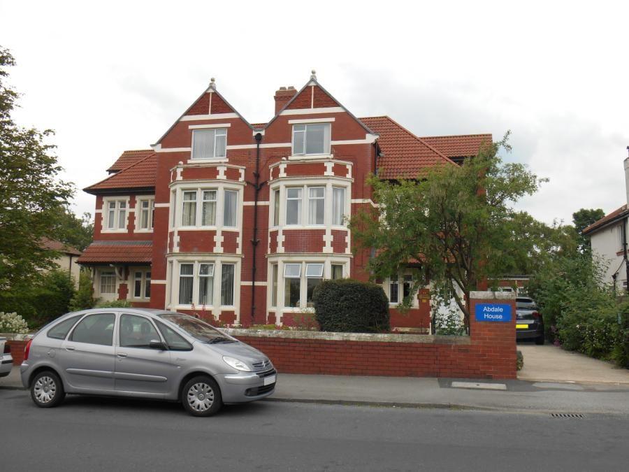 Property Details For 51 Tewit Well Road Harrogate HG2 8JJ