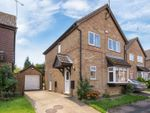 Thumbnail for sale in Fieldfare Green, Luton