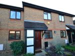 Thumbnail to rent in Middlefield, Horley