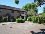 Thumbnail to rent in Barleymead, Horley