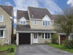 Thumbnail to rent in Chedworth Drive, Witney