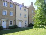 Thumbnail to rent in Stickleback Road, Calne