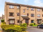 Thumbnail to rent in Kerry Garth, Horsforth