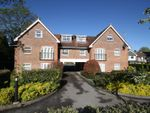 Thumbnail 2 bedroom flat for sale in Brighton Road, Tadworth, Surrey