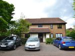 Thumbnail to rent in Whitecroft, Horley