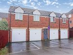 Thumbnail to rent in Dunlop Avenue, Leeds