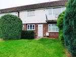 Thumbnail to rent in Selsdon Avenue, Woodley