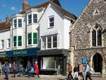 Thumbnail to rent in 81 North Street, Chichester, West Sussex