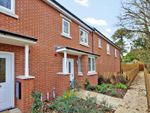 Thumbnail to rent in Drovers Way, Newent