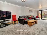 Thumbnail to rent in Staveley Road, Luton