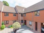 Thumbnail to rent in Bishopsgate Walk, Chichester
