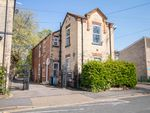Thumbnail to rent in Linden Mews, Hull