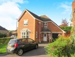 Thumbnail to rent in Wagtail Close, Horsham