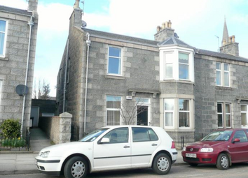 Thumbnail 2 bed flat to rent in Beechgrove Place, Aberdeen City