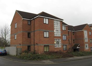 Thumbnail 2 bed flat to rent in St. Laurence Way, Slough