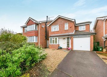 Thumbnail 4 bed detached house to rent in Copperfield Avenue, Owlsmoor, Sandhurst