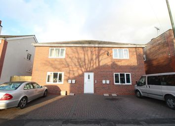 Thumbnail 2 bed flat to rent in Waverley Avenue, Doncaster