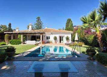 Thumbnail 3 bed villa for sale in El Paraiso Barronal, Estepona, Malaga, Spain