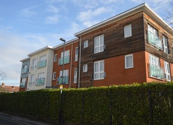 Thumbnail 1 bed flat to rent in Medhurst Drive, Bromley