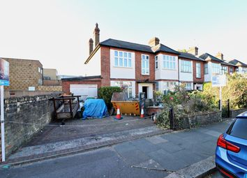 Thumbnail 5 bed property for sale in Kildowan Road, Ilford