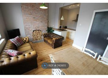 3 bed flat to rent in Albert Road, Manchester M19