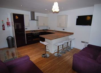 Thumbnail 5 bed flat to rent in Clare Street, Bristol