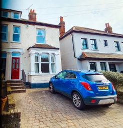 3 bed semi-detached house to rent in High Road, Rayleigh, Essex SS6