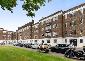 Thumbnail 3 bed flat for sale in Dartmouth Grove, London