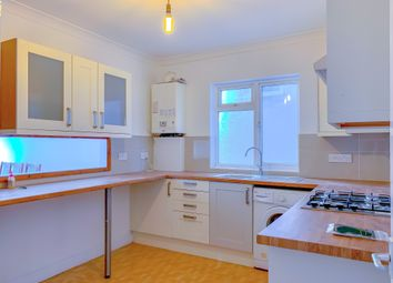 2 bed maisonette to rent in Ansell Road, Tooting Bec, London SW17