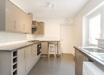 Thumbnail 1 bedroom flat for sale in Thornhill Road, Surbiton