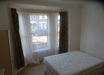 Room to rent in Crowther Road, London SE25