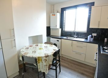 2 bed maisonette to rent in Sandringham Road, London NW2
