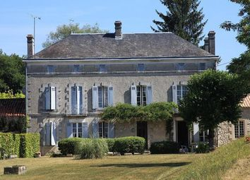 Thumbnail 7 bed country house for sale in Montguyon (Commune), Montguyon, Jonzac, Charente-Maritime, Poitou-Charentes, France