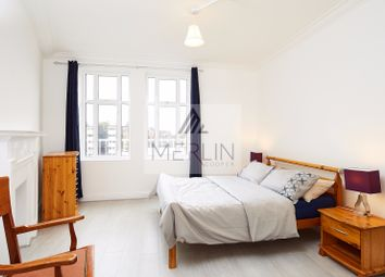 Thumbnail 4 bed flat to rent in Connaught Street, London