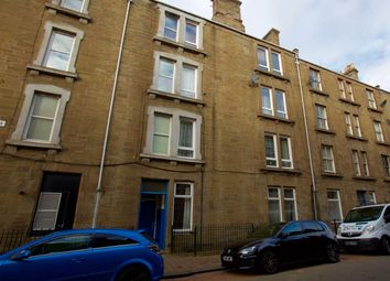 Thumbnail 3 bed flat to rent in Park Avenue, Dundee