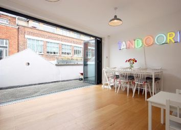 Thumbnail 2 bed flat to rent in Great Sutton Street, Clerkenwell, London