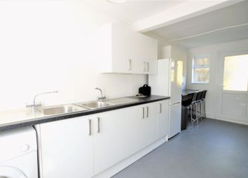 Thumbnail 7 bed property to rent in The Crestway, Brighton