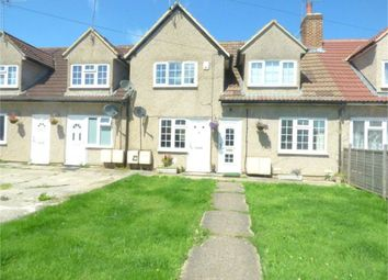 Thumbnail 1 bed maisonette to rent in Meadfield Road, Langley, Berkshire