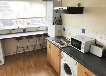 Thumbnail 2 bed flat to rent in Swift House Chigwell Road, South Woodford