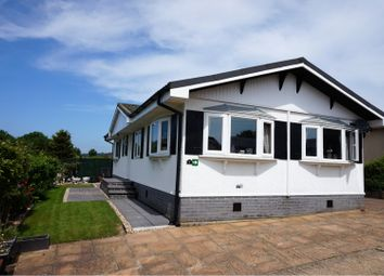 Thumbnail 2 bed mobile/park home for sale in Yew Tree Park Homes, Ashford