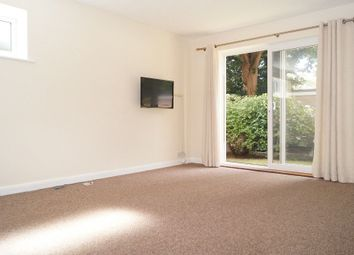 2 bed flat to rent in Beechey Road, Bournemouth BH8