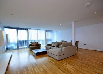 Thumbnail 2 bed flat to rent in Kingsway, North Finchley, London