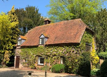 Thumbnail 4 bed detached house to rent in The Oast House, Manor Farm Lane, East Hagbourne