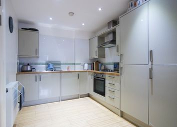 Thumbnail 2 bed flat to rent in Angel Pavement, Royston