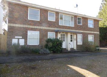 Thumbnail 2 bed flat to rent in Sandrock Road, Tunbridge Wells